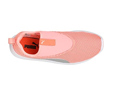 Puma Women s St Trainer Evo Slip-On V2 Idp Running Shoes  Amazon.in  Shoes    Handbags 3bbd2f2b68