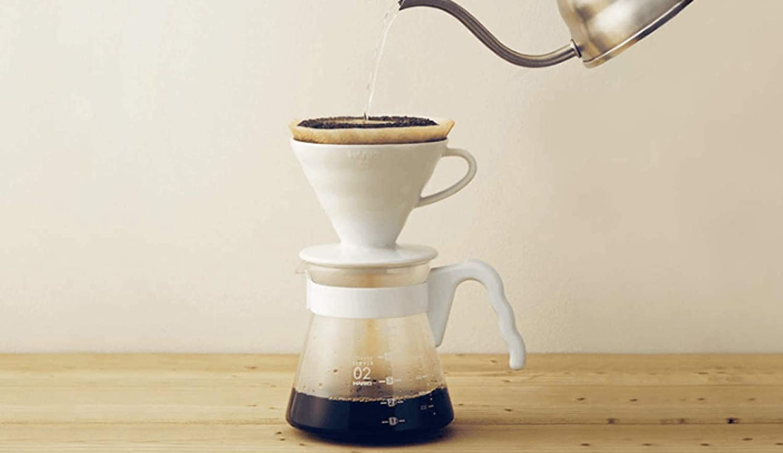 Hario V60 Coffee Pour Over 02