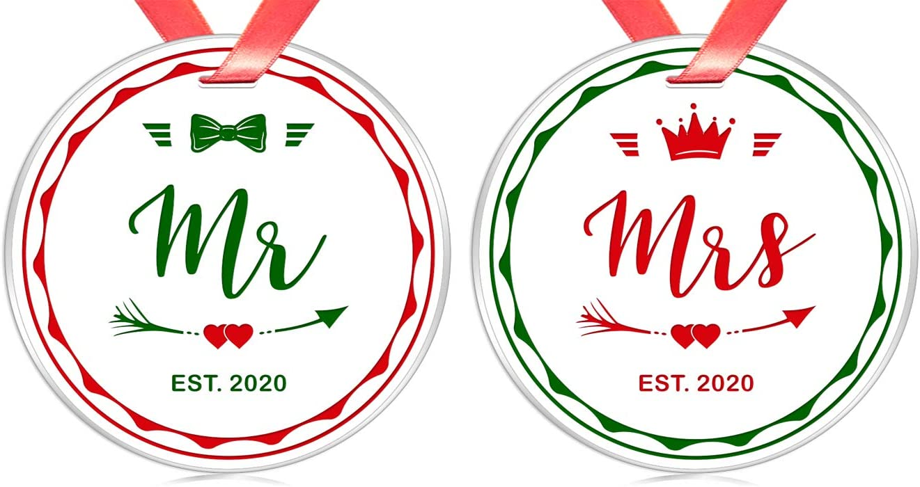 Elegant Chef Mr and Mrs Set for Newlyweds- Mr Mrs 2020 Christmas Ornament Set for Just Married Couples- Bride Groom Tree Hanging Decoration for Xmas- First Christmas as a Mr & Mrs Decor
