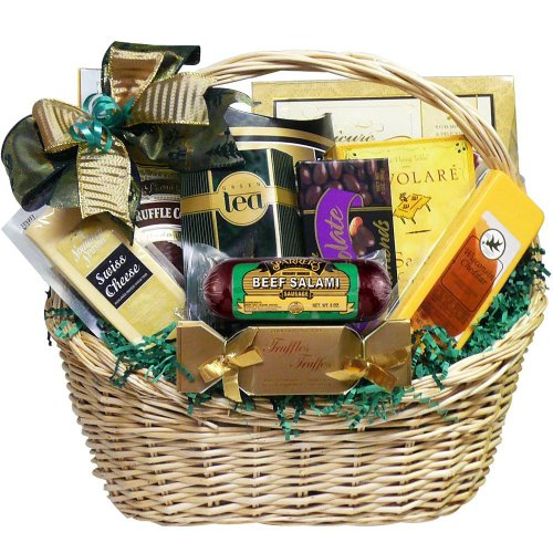 (Well Stocked Gourmet Food and Snack Sampler Gift Basket with Smoked Salmon (Candy Option))