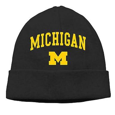 4d07da06d2b94 Amazon.com  Beanie Hat for Men and Women -University-of-Michigan Winter  Hedging Head Hat Warm Outdoor Hat Black  Clothing