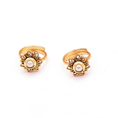 8c646d57cba869 Buy Mystic Collections Marvel Excellente Antique Toe Rings For Women Online  at Low Prices in India   Amazon Jewellery Store - Amazon.in