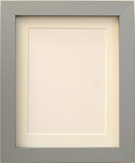 TAILORED FRAMES-SILVER SQUARE DESIGN PICTURE FRAME size 14\