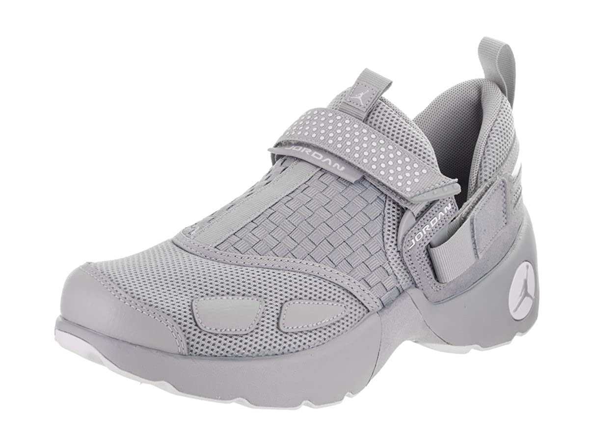 timeless design cdf0b 3644a Amazon.com   Jordan Nike Men s Trunner LX Training Shoe 8 Grey   Athletic