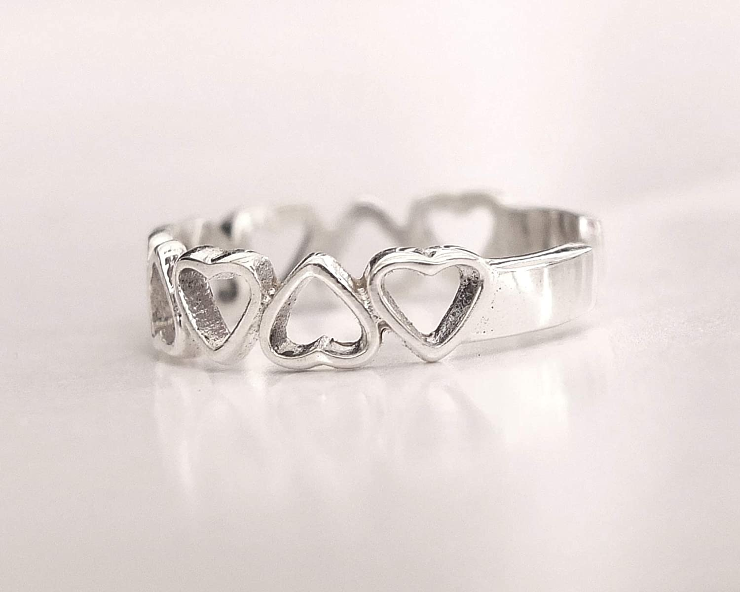 Adjustable toe ring  TR78 Sterling silver Toe ring Heart jewelry Dainty Heart toe ring Love ring