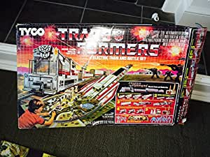 1985 G1 Tyco TRANSFORMERS Electric Train & Battle Set