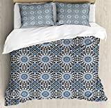 Arabian Queen Size Duvet Cover Set by Ambesonne, Retro Style Arabesque Motifs Mosaic Ceramic Design Traditional Culture Print, Decorative 3 Piece Bedding Set with 2 Pillow Shams, Grey White Blue