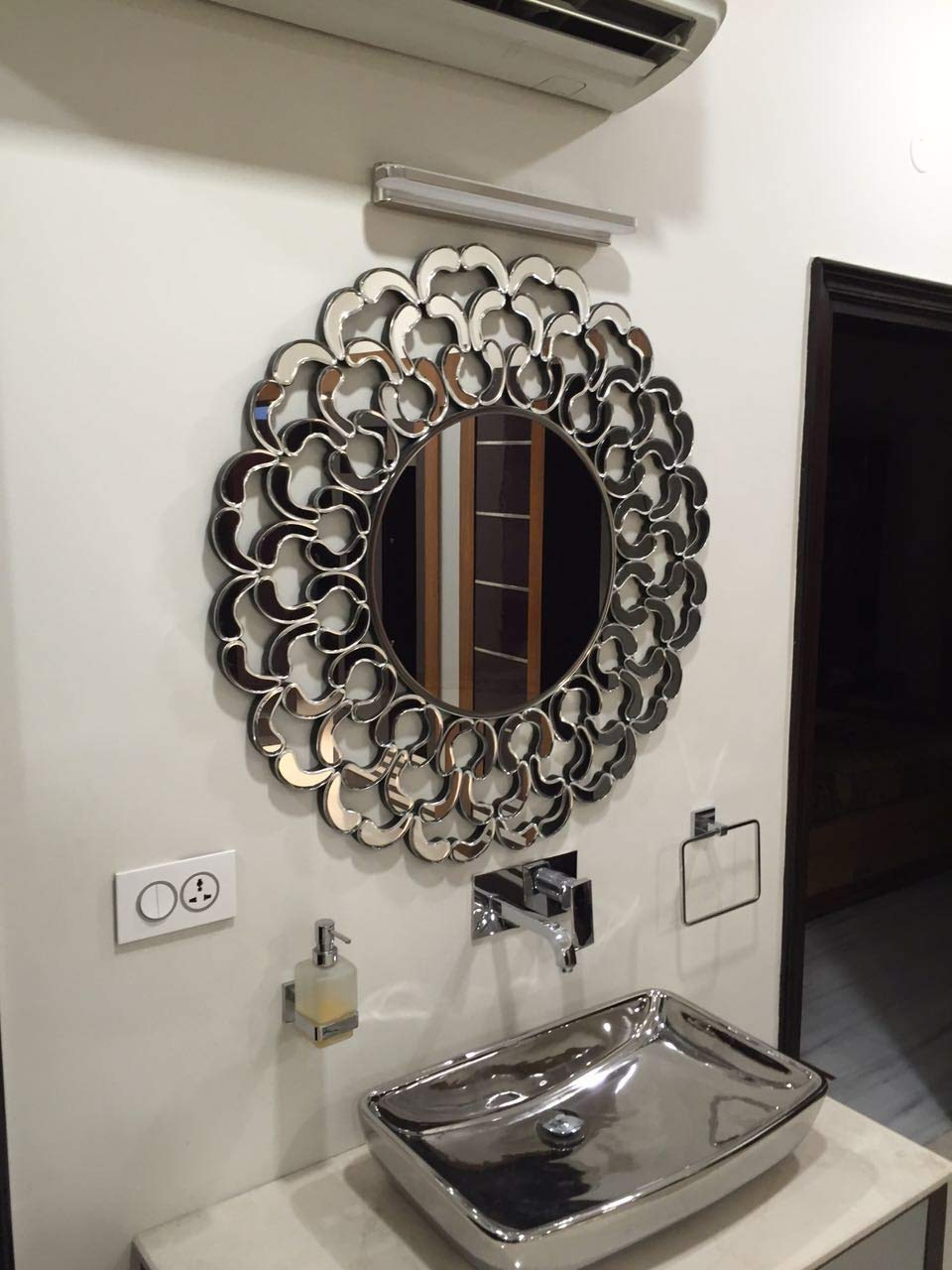Buy Quality Glass Silver Round Decorative Wall Mirror For Living Room Wall Mirror Mirror For Bathrooms Mirror In Home Decorative Mirror Modern Mirror Mirror Size