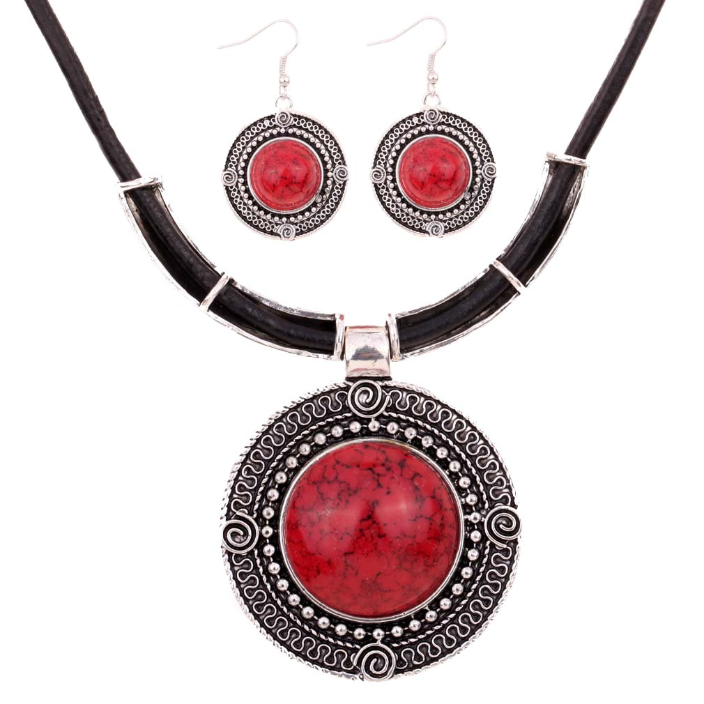 Yazilind Pendant unite centrale cru chaine cuir argente tibetain rond rouge turquoise collier boucles oreilles YAZILIND JEWELRY LTD YAZILIND JEWELRY LIMITED 1073N0016