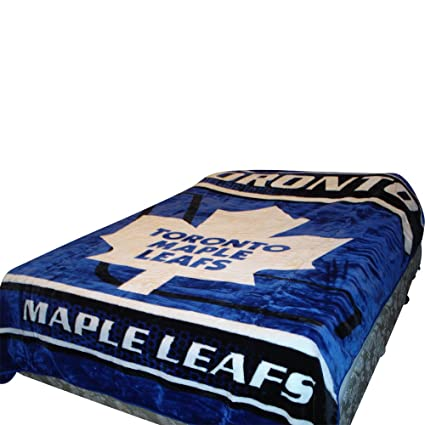 separation shoes 6aa12 6fd54 Toronto Maple Leafs Blanket- Maple Merchandise is Perfect for Decor, Gifts,  Accessories, Memorabilia, Collectables- This is a Soft, Plush, Thick, ...