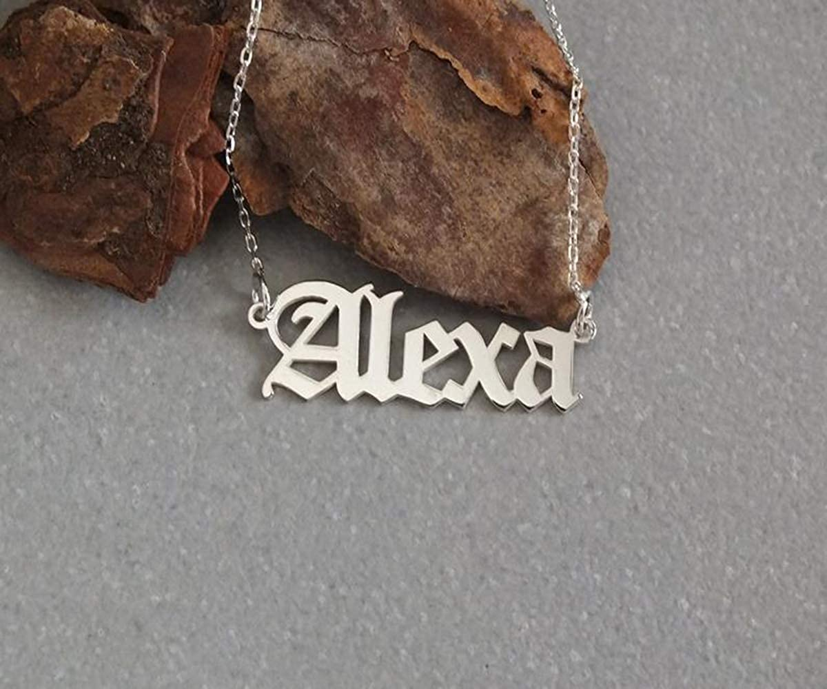 VESTVINE Custom Name Necklace Sterling Silver Personalized Nameplate Necklace Dainty Pendant Jewelry Gift for Women