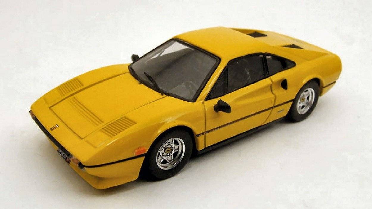BEST MODEL BT9248 FERRARI 308 GTB QV 1982 Gelb 1:43 MODELLINO DIE CAST MODEL