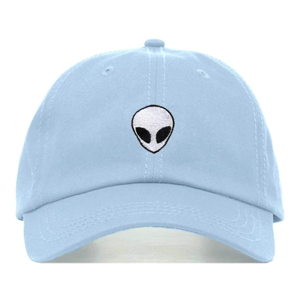 a74f0fd7218 Amazon.com  Alien Dad Hat