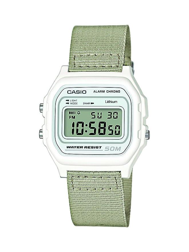 Reloj de marca Casio con correa de tela