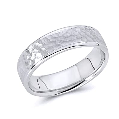 54663f64d9569 Wellingsale 14k White Gold Polished Satin 5.5MM Hammered Center Comfort Fit  Wedding Band Ring