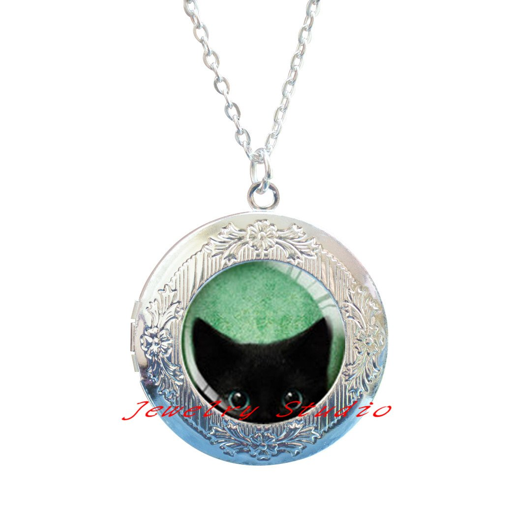 black cat Locket Necklace,Cat lover gift Romantic gifts for daughter Charming fashion Locket Necklace,Peeking Cat Locket Necklace Black Cat Locket Pendant Jewelry,cat Locket Pendant cat jewelry