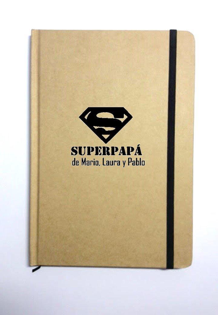 Libreta personalizada para papá 'Superpapá de (nombres)'. Varios modelos y acabados. Especial regalo