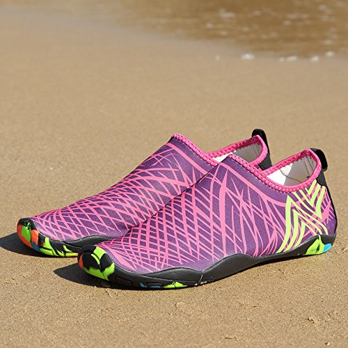 WateLves Wasserschuhe Mens Womens Beach Swim Schuhe Quick-Dry Aqua Socken Pool Schuhe für Surf Yoga Wassergymnastik Lila