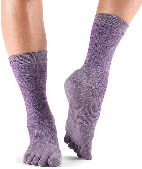 Toesox Low Rise Full Five Finger Non Slip Yoga Toe Socks Black
