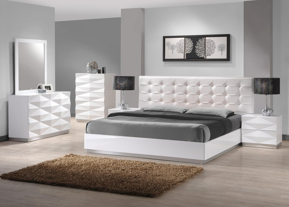 Amazon.com: Ju0026M Furniture Verona Modern White Lacquer U0026 Leather Bedroom Set   King Size: Kitchen U0026 Dining