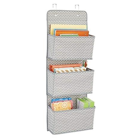 mDesign Estanteria colgante para organizar armarios - Percha para colgar ropa, accesorios y toallas -
