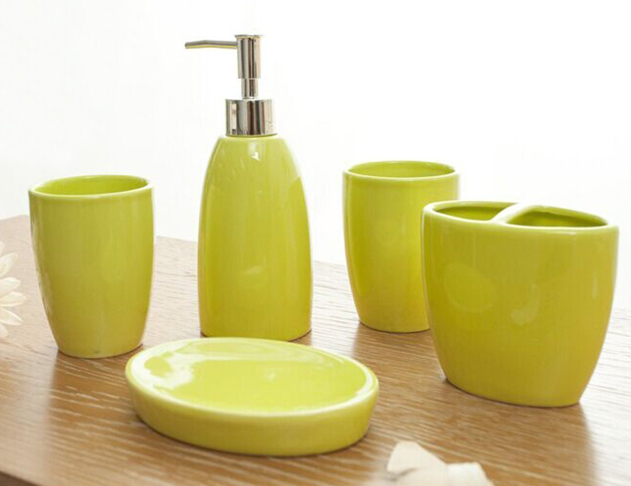 LOHOME Bathroom Accessory Set, Simple Ceramic Soap Dish, Soap Dispenser, Toothbrush Holder & Tumbler Bathroom Set (Yellow-Green)