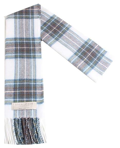 100% laine d agneau Macdonald Écharpe Tartan Stewart avec emballage  cadeau-Made in Scotland Par Lochcarron  Amazon.fr  Vêtements et accessoires 1e027f98b6c