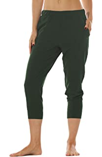 18f6909820 icyzone Lightweight Joggers Pants for Women - Athletic Workout Outdoor  Lounge Woven Capri Pants with Pockets