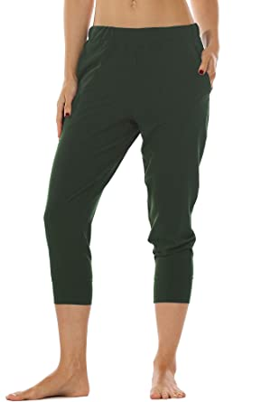 eb01f74f3f594f icyzone Lightweight Joggers Pants for Women - Athletic Workout Outdoor  Lounge Woven Capri Pants with Pockets