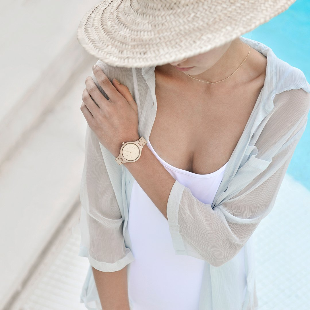 Amazon.com: MAM Originals · Geese Maple   Womens Watch   Minimalist Design   Watch Made from sustainably Sourced Wood   Superior Quality at an Affordable ...