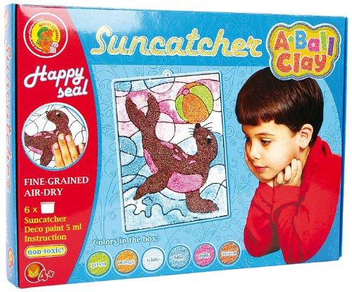 Fensterbild A-Ball Clay Suncatcher Happy Seal Small Foot Company 8465
