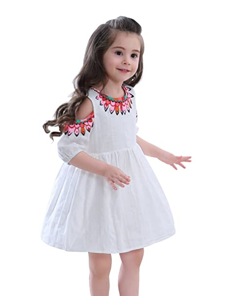 9ea18f3e63 Amazon.com: tortoiserabbit Little Girls Off Shoulder Dress White Appliques  Flower Tunic Shift for Children Beach Clothes S: Clothing
