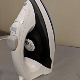 Amazon Com Proctor Silex Steam Iron Vertical Steamer For Clothes With Nonstick Soleplate 10 Watts Auto Shutoff Adjustable Spray And Blast Settings White 172 Home Kitchen