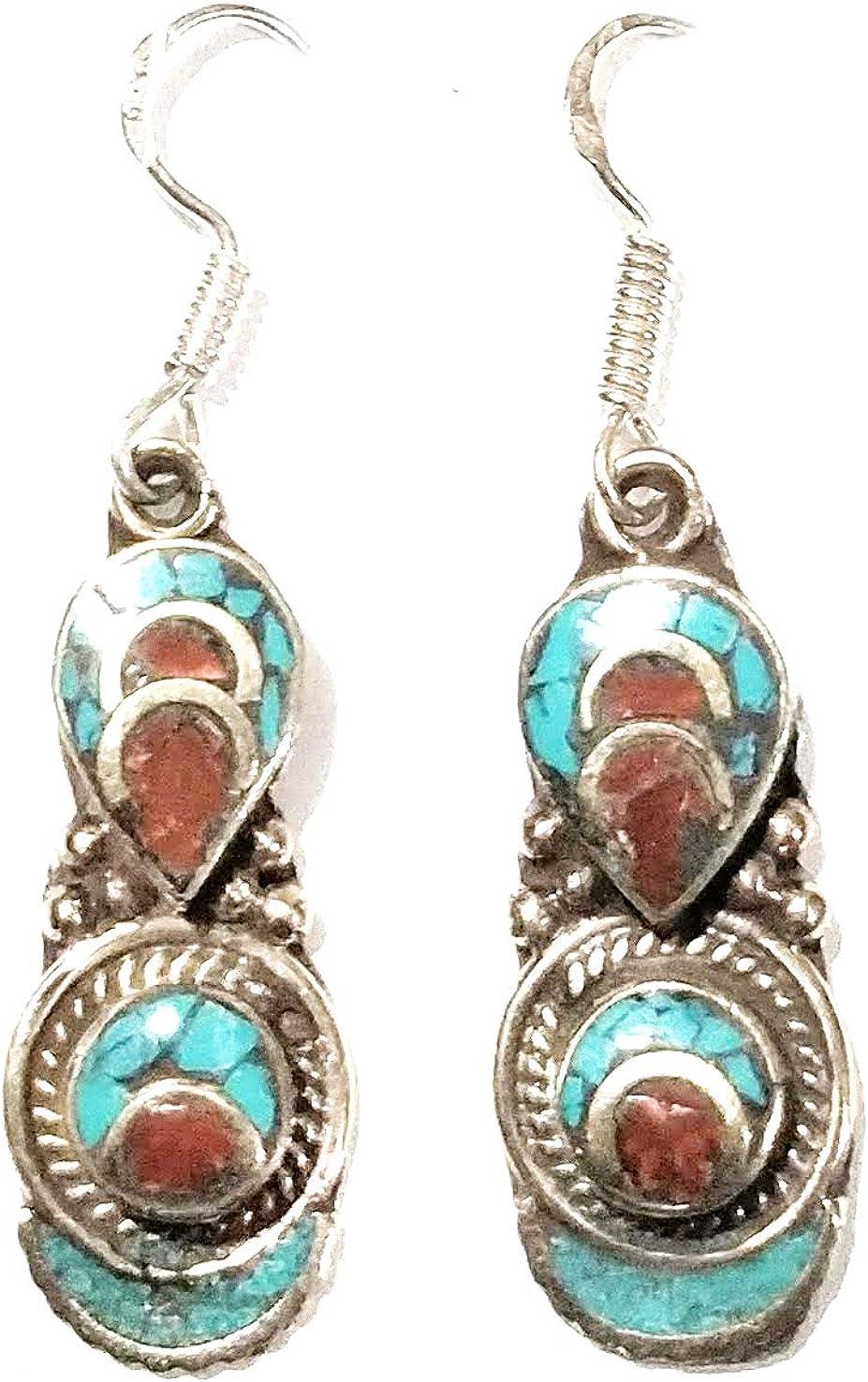Indie Artisans Pendientes de gota étnica LAPIS LAZULI TURQUOISE CORAL Pendientes chapados en plata 925 Nepali Boho Gypsy Jewelry Vintage Pendientes colgantes