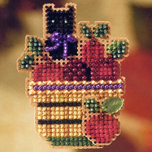 Apple Basket - Pin Kit - Cross Stitch Kit