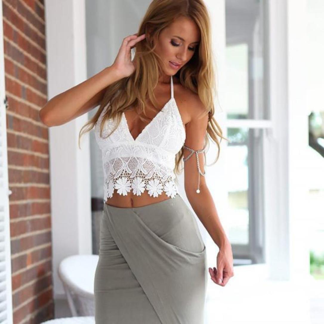 c5bfbf6a65 Amazon.com  Bra Top ,Beautyvan Comfortable Women Lace Crochet Halter Crop  Tank Summer Beach Tops Blouse (M