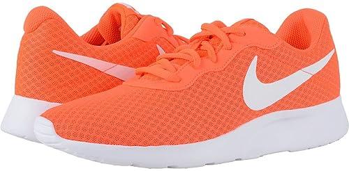 detailed look 6fe90 e4700 Nike Tanjun, Scarpe da Fitness Uomo, Arancione Bianco (Total  Crimson White), 47 EU  Amazon.it  Scarpe e borse