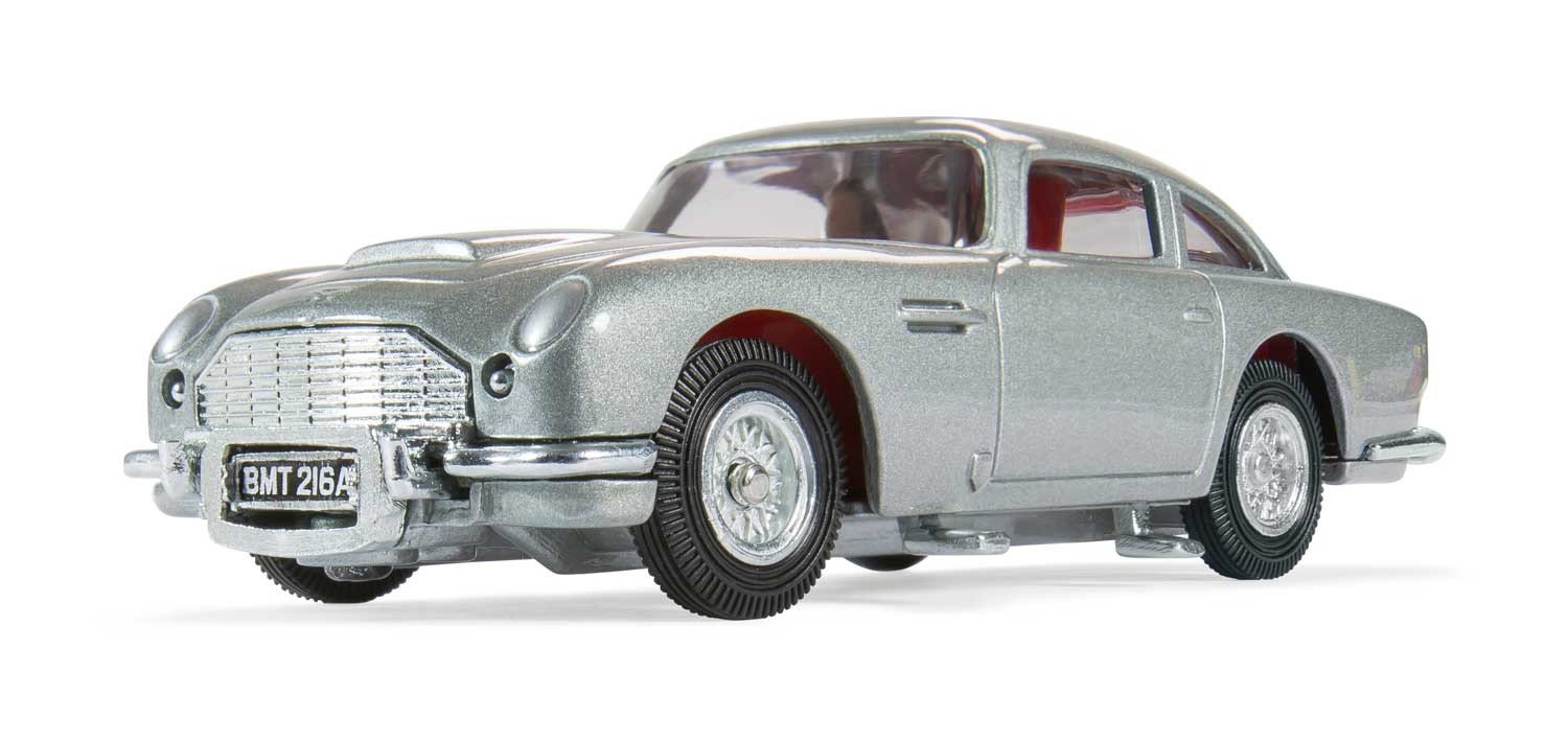 Amazon.com: Corgi James Bond 007 Aston Martin DB5 \