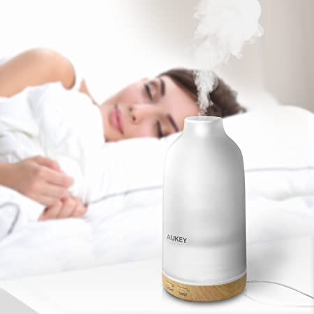 Aukey BE A4 Aroma Diffuser 100 Ml Mit 7 Farben LED: Amazon.de: Elektronik
