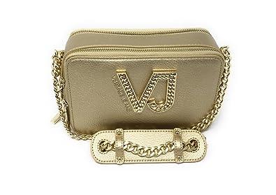 440500ec53 Amazon.com  Versace EE1VRBBC2 Gold Shoulder Bag for Womens  Shoes