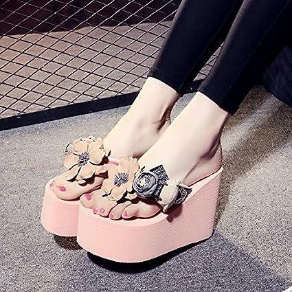 4845aec21 QingToo Antideslizante Zapatillas Cool Zapatillas Flores de Verano Versión  Coreana de la Mano Playa Femenina Pasador