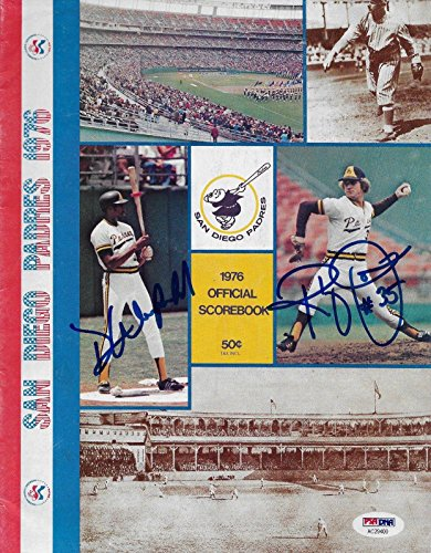 (Dave Winfield Randy Jones Signed 1976 Padres Baseball Scorebook Magazine - PSA/DNA Certified - Autographed MLB Magazines)
