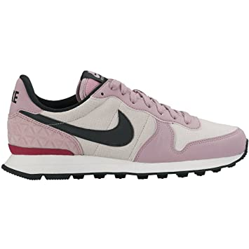 nike damen internationalist premium
