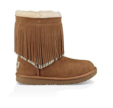 f2079b068a0 UGG Kids Womens Classic Short II Fringe (Toddler/Little Kid)