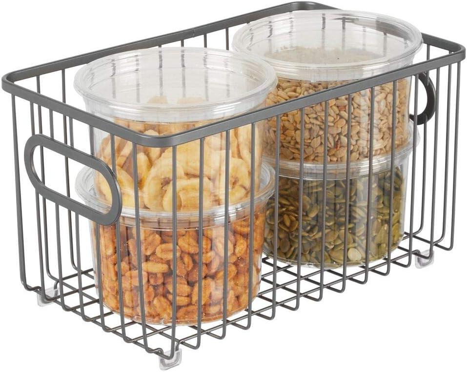 mDesign Cesto de alambre de metal gris Vers/átil cesta de metal multiusos para cocina o despensa Organizadores de cocina compactos y universales con asas