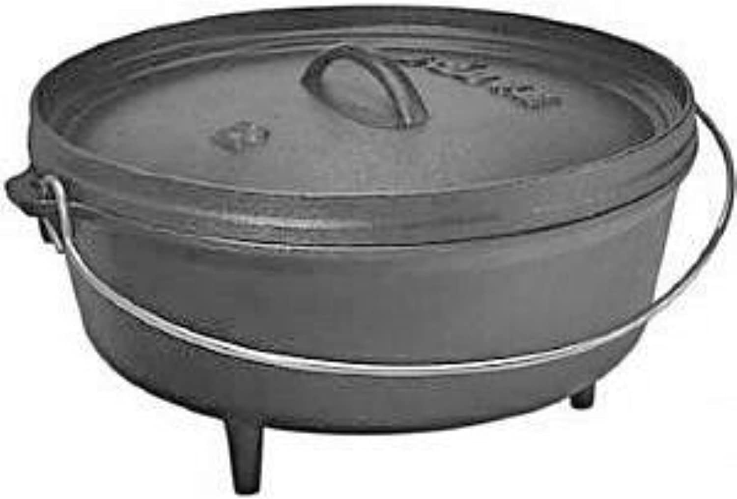 Lodge Cast Iron 6 Qt. Camp Dutch Oven