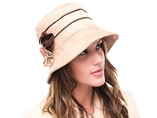 46588f5b5 The Hat Outlet Ladies Beige Suede Winter Cloche Hat Sasha: Amazon.co ...