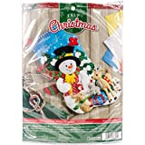 Bucilla 18-Inch Christmas Stocking Felt Applique Kit, 86657 Forest Friends