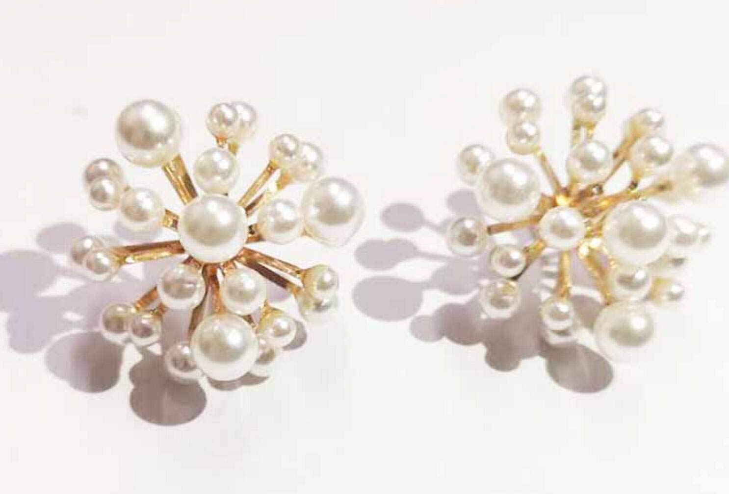 925 Silver Needle Beautiful Fireworks Pearl Earrings (White)