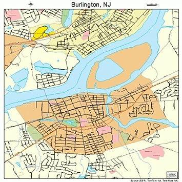 Amazon.com: Large Street & Road Map of Burlington, New ...
